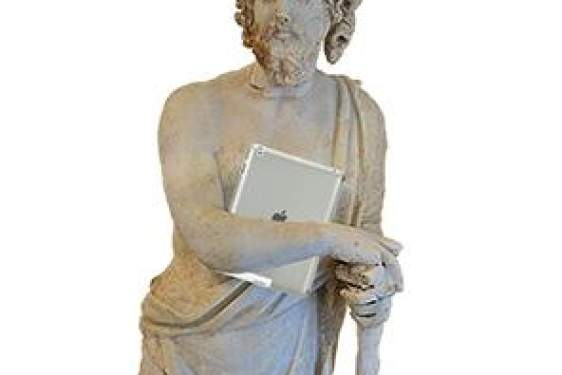 statue with iPad