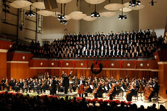 photo of choir and orchestra in concert